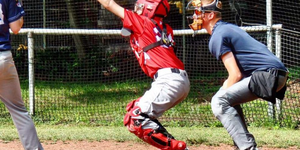Junioren gewinnen Baseball Krimi in Duisburg!