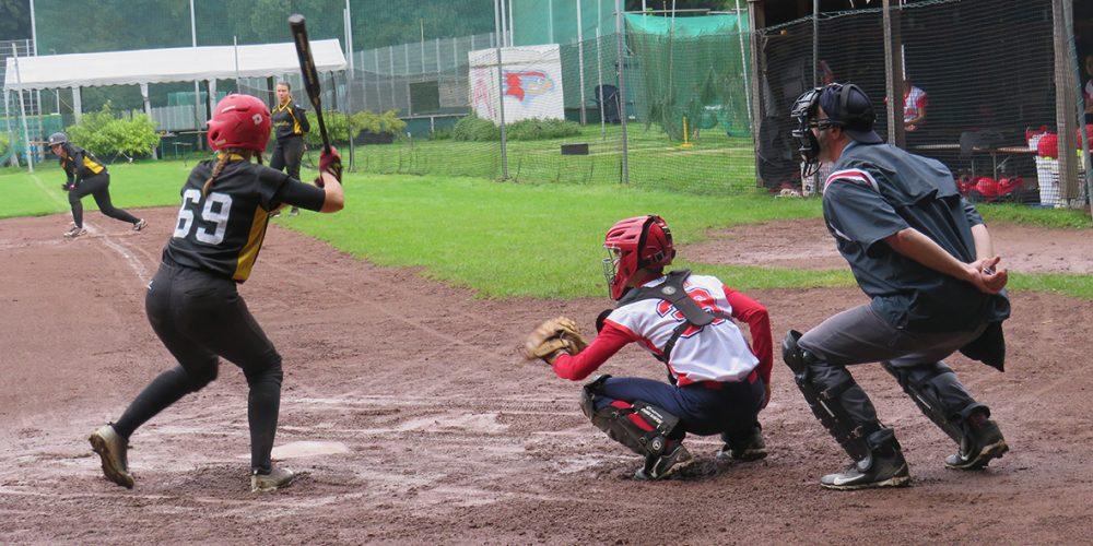 Cardinals-Damen trotzen dem Regen und holen sich zwei Siege