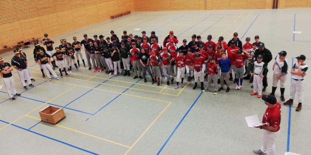 Cardinals Jugend Indoor Cup zum ersten Mal ausgetragen!